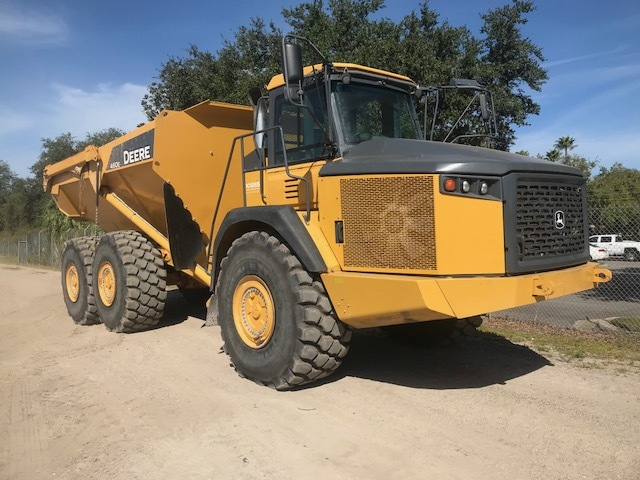 94930 JOHN DEERE 460E Fort Myers 1DW460ETTFE666892 Cab with A/C, IT4, Bed Heater, Reversible Fan, Tailgate, Tires 29.5R25 E4,TPSM 3450 2015 Articulated Dump Truck